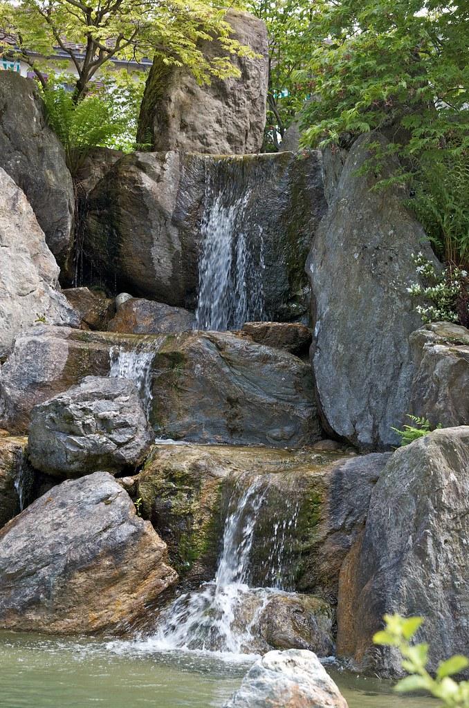 Wunderbar ... Wasserfall Im Japanischen Garten | By Boris Bäsler