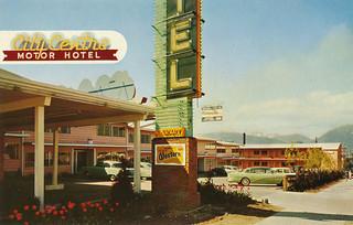 Postcard city centre motor hotel 1956 city centre Civic centre motor inn
