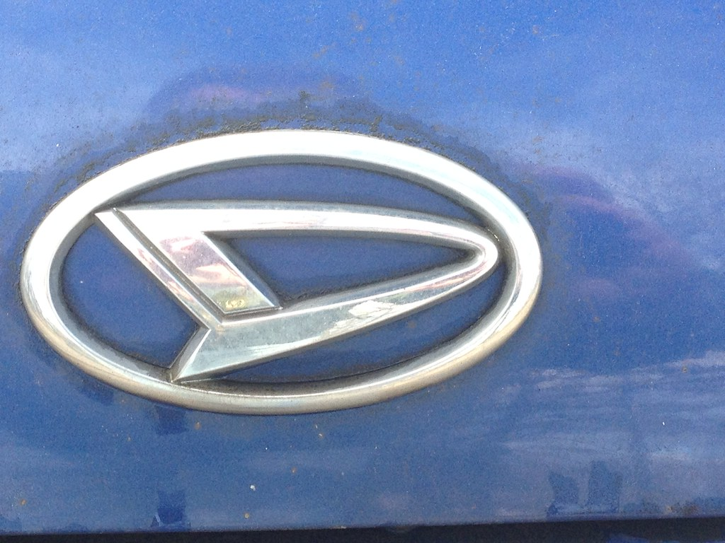 Daihatsu Badge >> Daihatsu Badge Paul Flickr