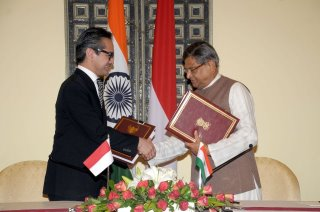 External Affairs Minister, Shri S M Krishna and Minister of Foreign Affairs of Indonesia Dr. R.M. Marty M. Natalegawa exchanging the document of Agreed Minutes of the 4th meeting of joint Commission between India and Indonesia in New Delhi (July 26, 2012) | by MEAphotogallery