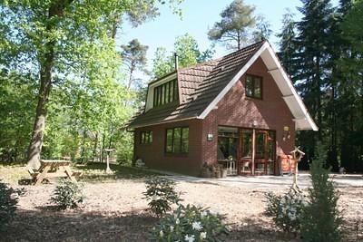 vrijstaand huis met de veluwe in je achtertuin te huur bij