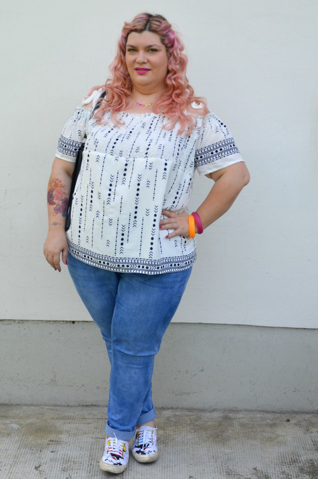 Outfit No comfort zone, bianco e jeans (8)