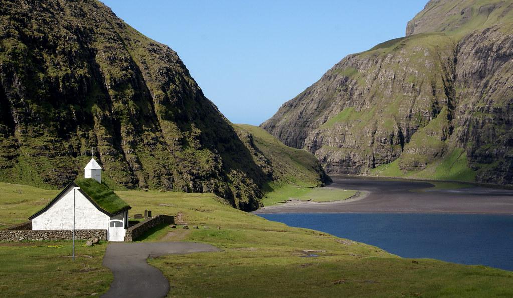 Saksun / Faroe Islands / faroeislands.dk