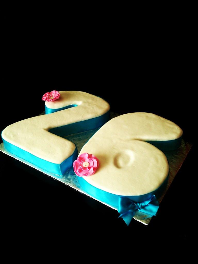 26 Number Birthday Cake Mildtoowildcakes Maria Escamilla Flickr