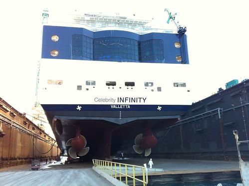 Celebrity Infinity slams into Ketchikan Dock 06/03/16 ...