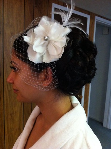 bridal-updo-side-curly-cage-veil | by vanmobilehair