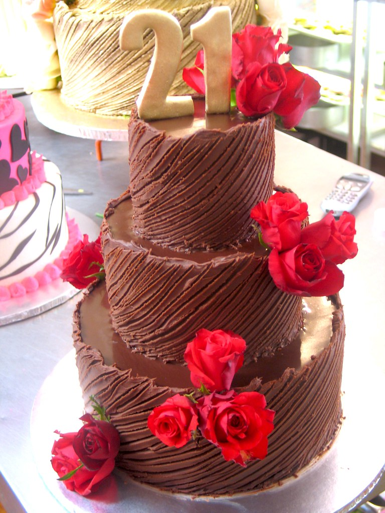 3 Tier Wicked Chocolate 21st Birthday Cake Iced In Spanish Flickr