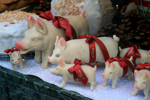 The Christmas shot | With these delicious piggies I wish ... |Scandinavian Marzipan Pig