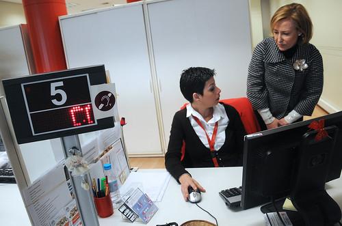 Las dos oficinas de atenci n al ciudadano de la comunidad for Oficina de atencion al ciudadano linea madrid