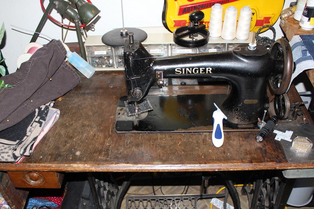 40 Singer Walking Foot Industrial Sewing Machine Flickr Simple Singer Walking Foot Industrial Sewing Machine