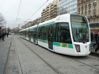 tram t3 porte de versailles colin churcher flickr