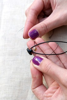 Bracelet Tutorial: Thread Bead | by tentenknits