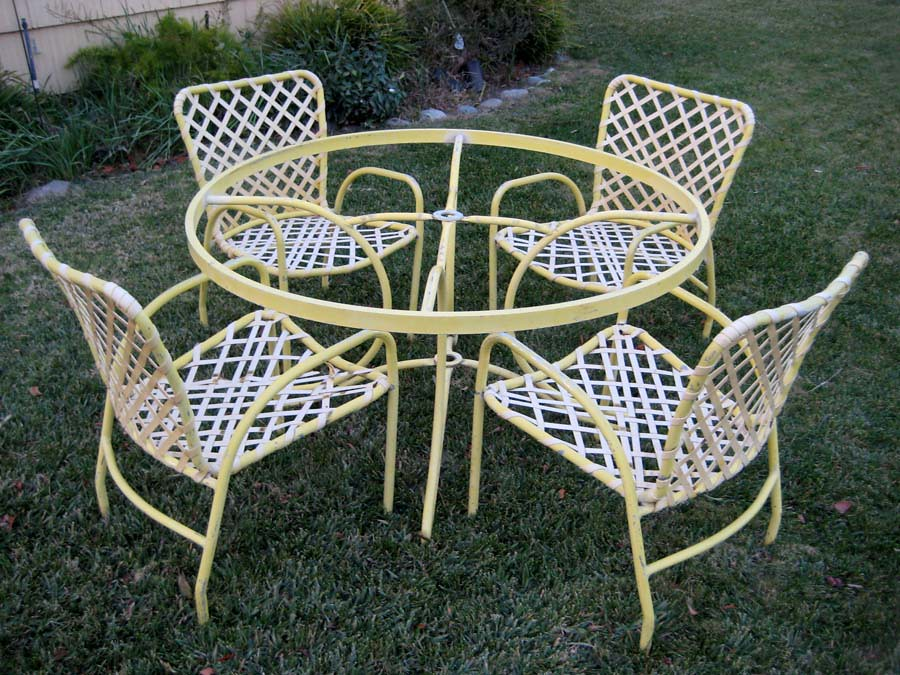 Bon ... Mid Century Vintage Sunburst Yellow Brown Jordan Patio Set   By  Christian_boehr