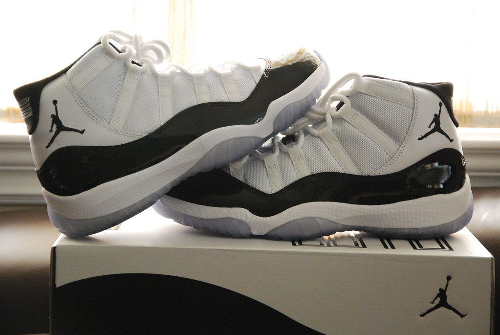 a8d24d556aff29 ... Air Jordan 11 (XI) Original (OG) – Concords (White   Black