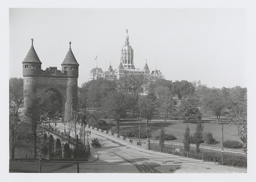 State Capitol with the Soldiers and Sailors Memorial Arch on the left. | by CT State Library