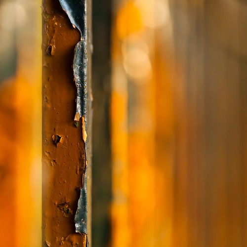 Rust and peeling paint | by Steve-h