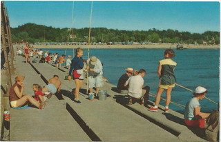 Sw grand haven mi 1960s south pier glory days of lake mich for Grand haven fishing report
