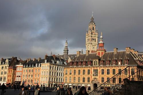 Lille nord france frankreich la grand 39 place aussi app for Chambre de commerce calais
