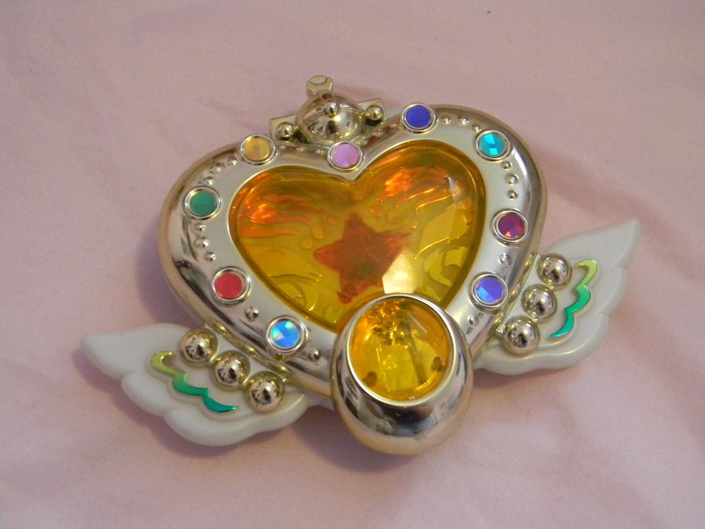 sailor moon eternal brooch compact locket elysion s princess flickr