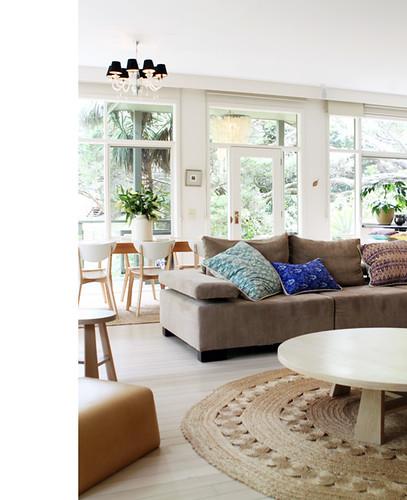 Rustic Eclectic Living Room: Andy Brown / GoldnBrown {bohemian Eclectic Rustic Scandina