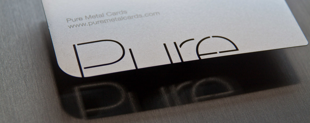 Making your custom metal Card Memorable with Unforgettable Designs