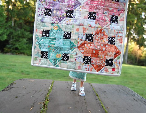 """Diamond Chips"" little quilt 