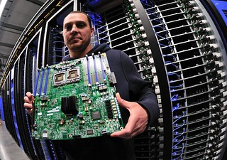 Facebook Data Center Server Board | by IntelFreePress