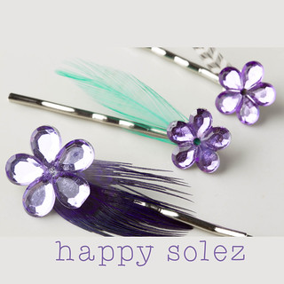 3 Sparkle Flowers - Bobby Pins with Feathers | by HappySolez on Etsy