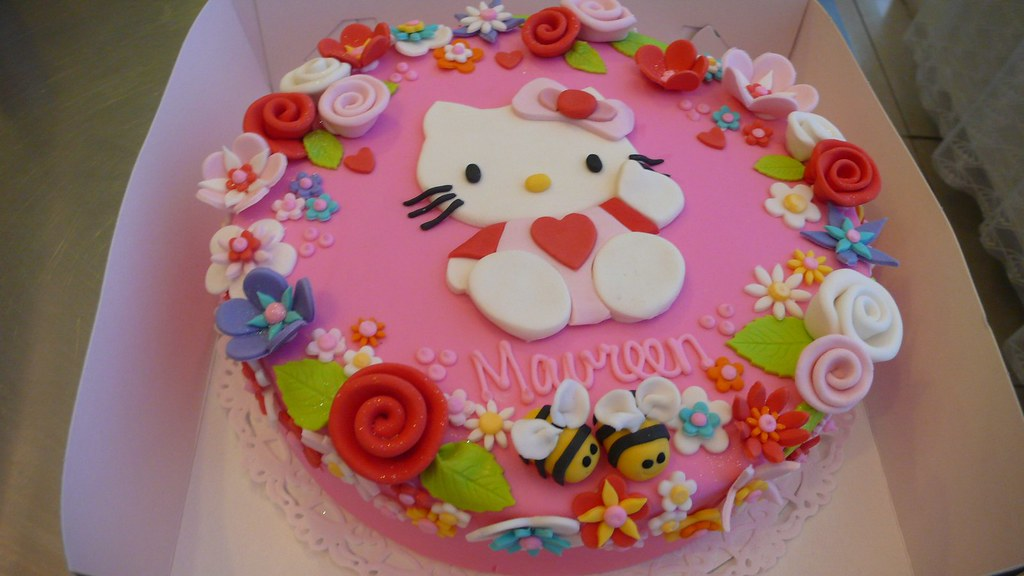 Hello Kitty Cake Hello Kitty Dream Cake Made For A Woman T Flickr
