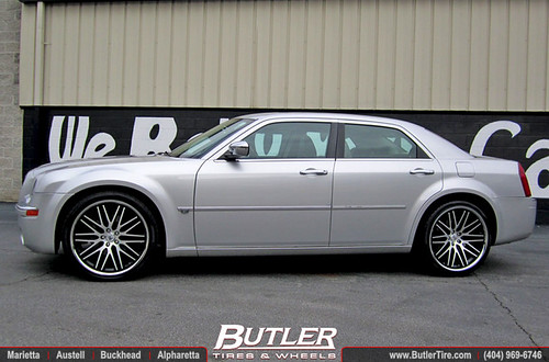 chrysler 300c with 22in lexani cvx44 wheels additional. Black Bedroom Furniture Sets. Home Design Ideas