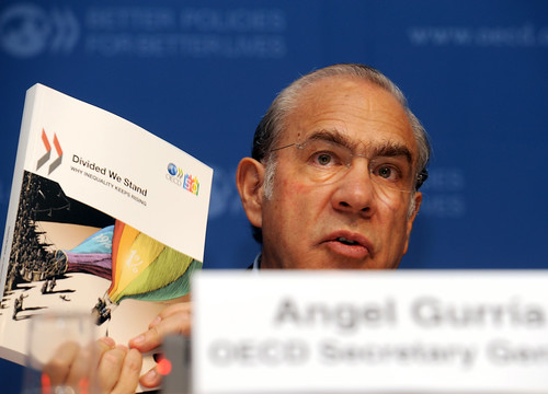 Press conference: OECD Report on Inequality | by Organisation for Economic Co-operation and Develop