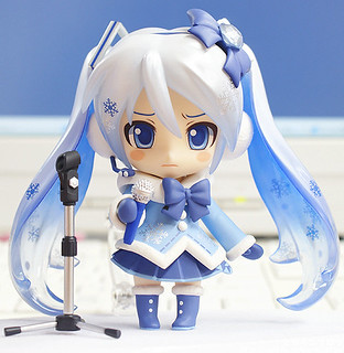 Nendoroid Snow Miku: Fluffy Coat version | by animaster