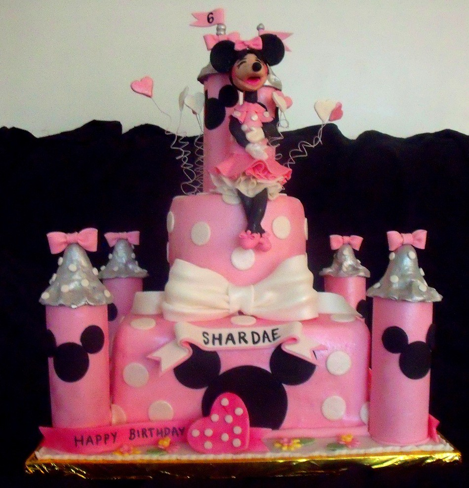 minnie mouse pink silver castle cake by tanyacakes