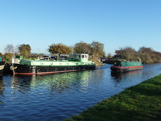 Vulcan at Thorne Cruising Club Moorings Stainforth, Stainforth and Keadby Canal | by woodytyke