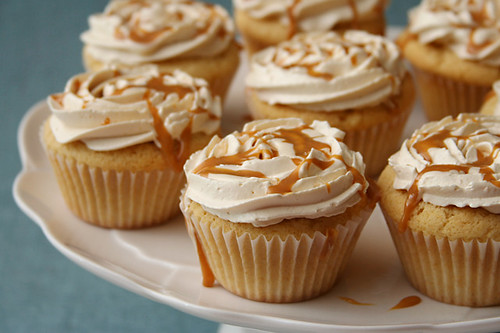 dulce de leche cupcakes 10 | by crumblycookie