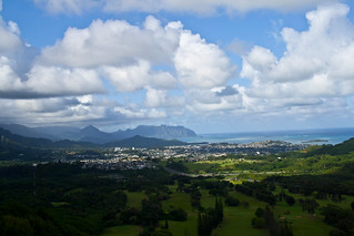 View on Kaneʻohe Bay from Nu'uanu Lookout, Oahu | by D-Niev