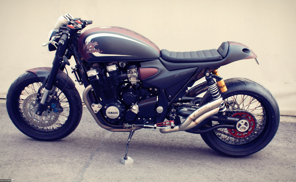 Cafe Racer Cannes