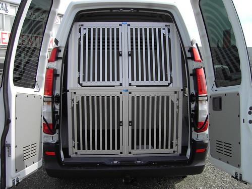 hundebox dog box boxeneinbau f r 4 hunde heike. Black Bedroom Furniture Sets. Home Design Ideas