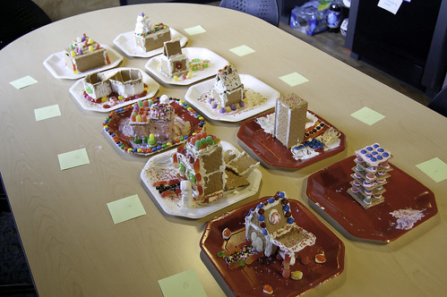 Christmas Graham Cracker Houses | by The Cyphers Agency