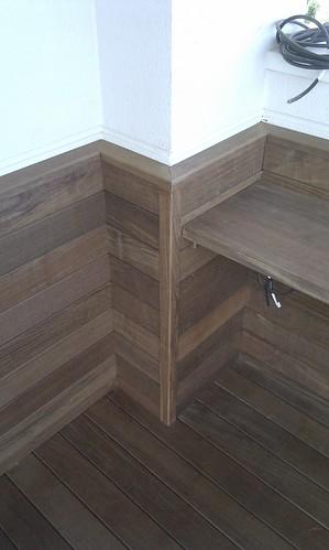 Suelo de madera de ip ideales para piscinas terrazas for Piscinas y terrazas ideales