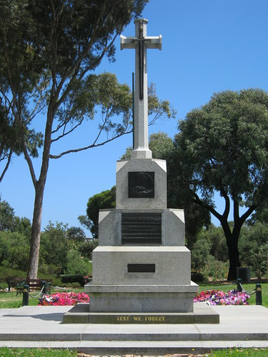 War Memorial, Mornington Memorial Park. | by waykwabu