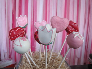 Tulips, Heart, and Lips Cake Pops | by Sweet Lauren Cakes