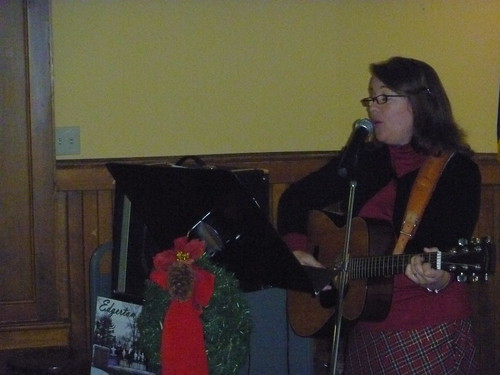 Terry Hegelstad performing holiday classics | by Edgerton Public Library