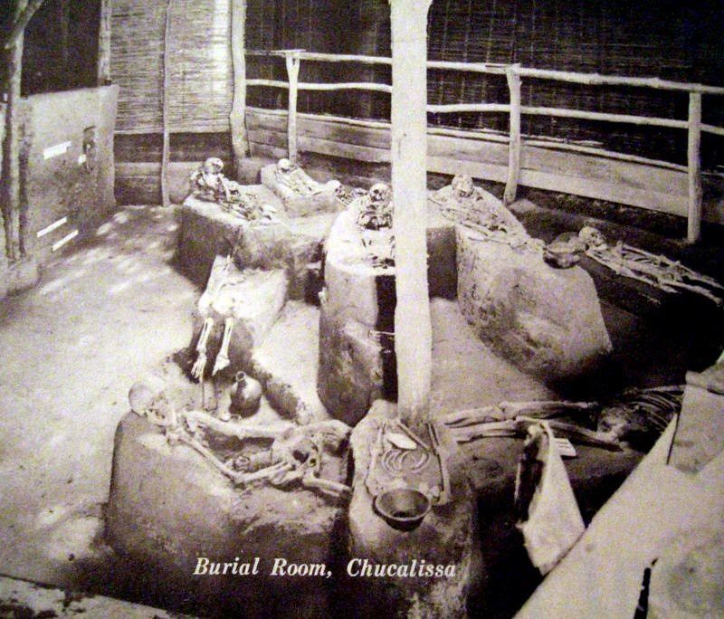 Burial Room photo from 1962 brochure for Chucalissa Indian… | Flickr