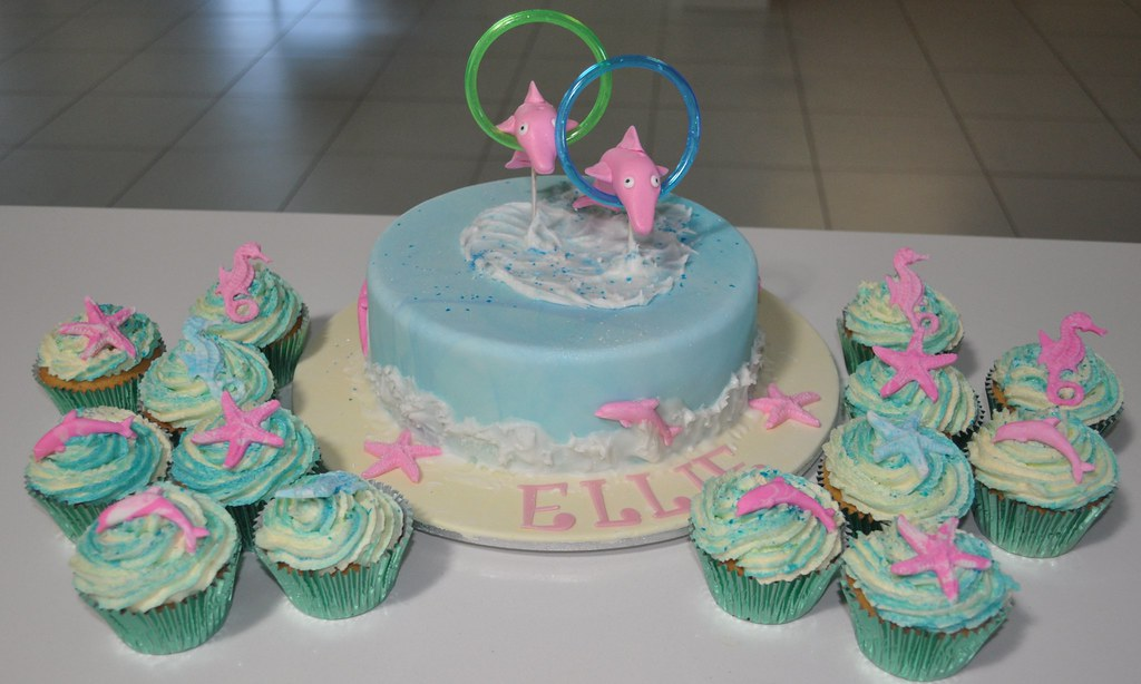Dolphin Birthday Cake And Cupcakes Susan Kay Flickr