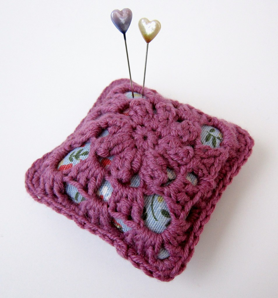 Crochet And Linen Pincushion Heres The Tutorial At Very B Flickr