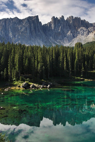 Lago di carezza | by Vogelbetrachter