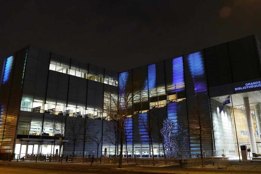 Projection lumineuse, Bibliothèque et Archives nationales du Québec, Montréal