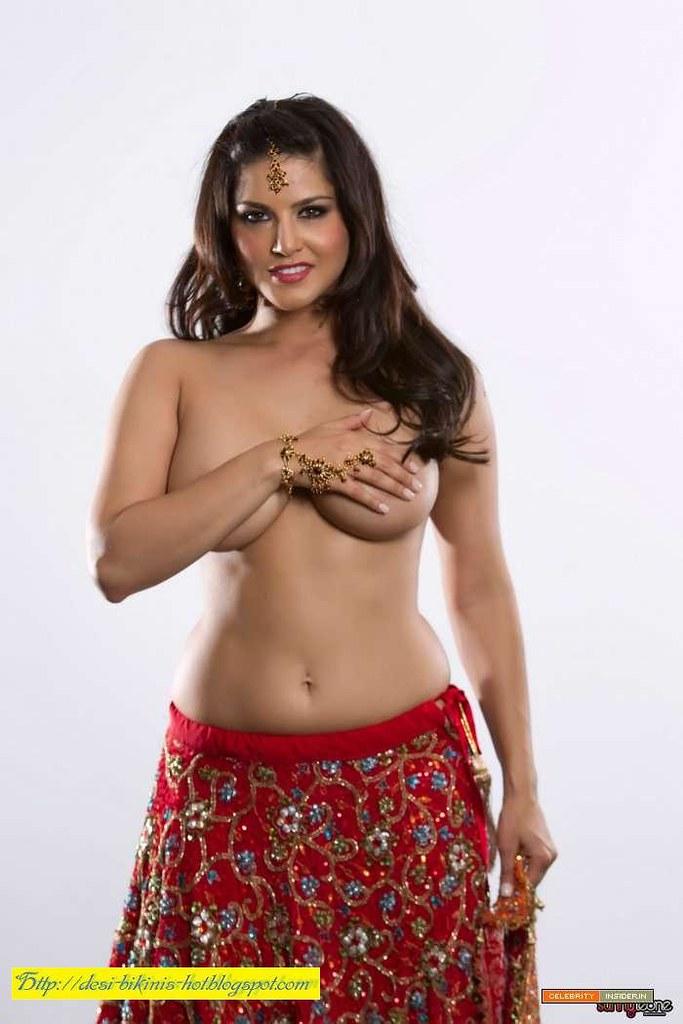 nude saree hot