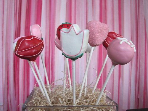 Tulips, Lips and Hearts Cake Pops | by Sweet Lauren Cakes